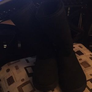 UGG  Classic Tall boot women's winter boot size 5